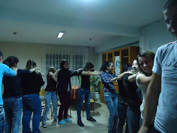 grupa-pointeresi-za-komukikacia-i-soc